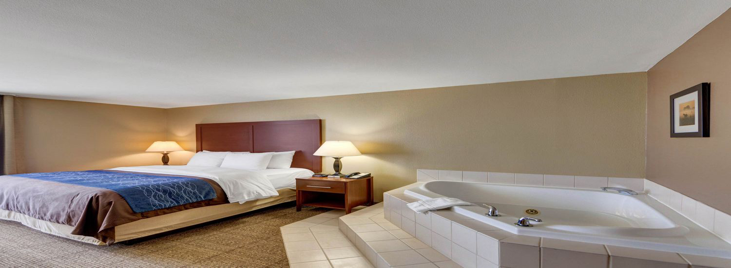 Guest Room With Jacuzzi